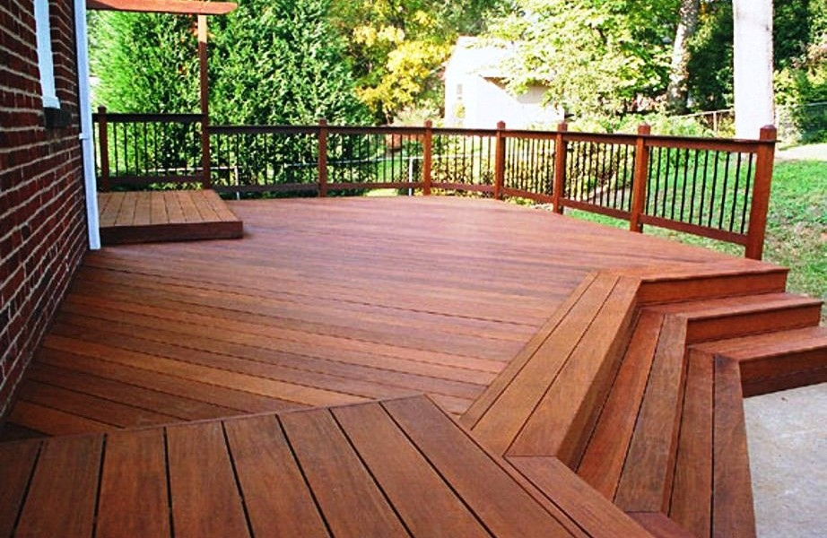 Wood decks wood decking contractor in vancouver for Best place for decking