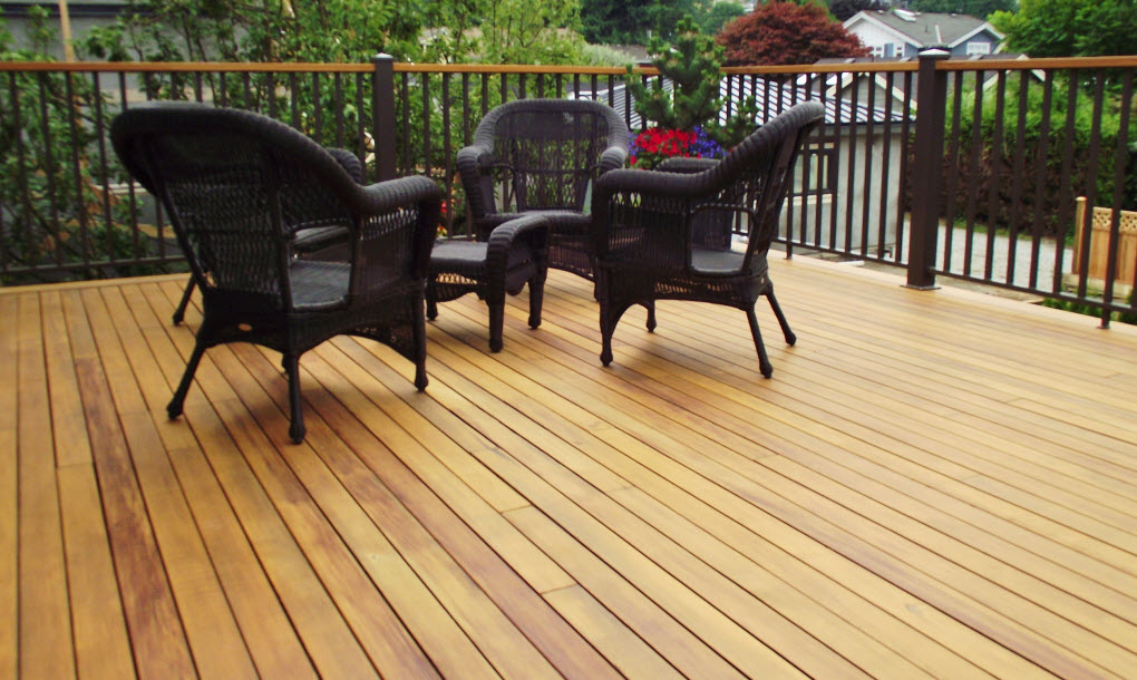 There Are A Wide Variety Of Wood Decking Materials To Choose From Careful Balance Aesthetics Durability Level Maintenance And Budget Needs Be
